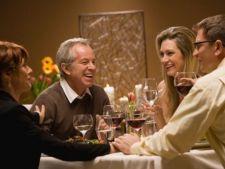Intalnirea cu parintii celuilalt de sarbatori: 6 moduri sa faci o impresie buna