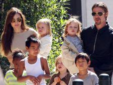 Angelina Jolie adora sa calatoreasca de sarbatori