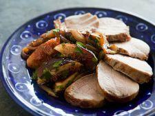 Muschi de porc cu ceapa si smochine