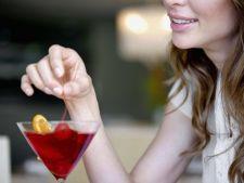 Cocktailuri de Revelion cu putine calorii. Iata-le pe cele prietenoase cu silueta ta!