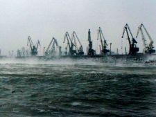 Portul Constanta Sud-Agigea, inchis din cauza vantului puternic