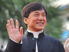 Jackie Chan si-a scos fiul din testament