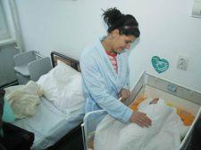 Taxele pentru mamele internate in spitalele de stat ar putea fi eliminate