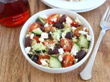 Salata greceasca cu quinoa