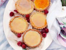 Mini tarte cu crema de zahar ars