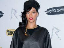 Rihanna isi face debutul in moda in cadrul Saptamanii Modei de la Londra