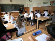 Toate scolile din Romania vor fi dotate cu camere video