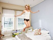 Vrei un dormitor mereu ordonat? Respecta 4 reguli de baza in intretinerea lui!