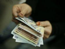 Salariul minim pe economie va creste la 800 de lei
