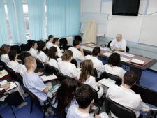 Mai mult de 3.000 de romani vor beneficia de cursuri de formare profesionala in februarie