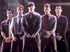 New Kids on the Block lanseaza un nou album in aprilie 2013
