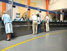 Denuntarea comisioanelor abuzive ale bancilor a fost amanata pentru data de 1 iulie 2013