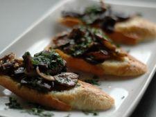 Crostini cu ciuperci salbatice