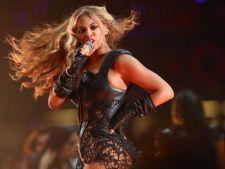 Beyonce a facut un show spectaculos la Super Bowl 2013