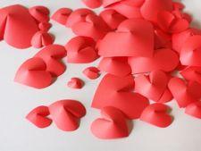Ziua Indragostitilor: Infrumuseteaza-ti casa decoratiuni cu inimioare 3D!