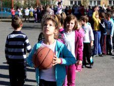 O noua propunere a MECTS: Mai multe ore de sport pentru clasele I-IV