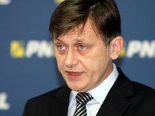 Sondaj: Crin Antonescu, favoritul romanilor in cursa pentru alegerile prezidentiale