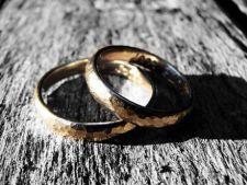 Casatoriile civile ar putea fi oficiate de preoti