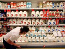 Scandalul laptelui infestat din Serbia: Autoritatile romane neaga prezenta acestuia in tara noastra