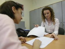 Bancile din Romania vor disponibiliza cel putin 10.000 de angajati in 2013