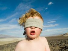 Fetitele, mai putin predispuse genetic la autism decat baietii