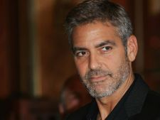 George Clooney a primit acelasi premiu ca Dalai Lama