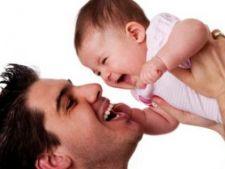 Tatii romani nu sunt interesati de concediul de crestere a copilului