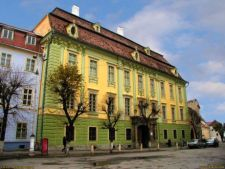 De 8 Martie, femeile pot vizita gratuit muzeele din Romania