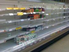 Supermarketurile din Cipru au ramas fara alimente