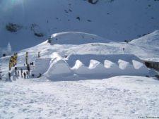 Record pentru Romania: zapada de 2, 5 metri la Balea Lac