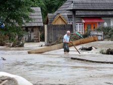 Zeci de case inundate in urma ploilor torentiale