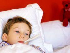 Cum tratezi raceala si gripa la copii