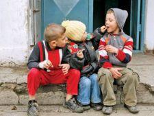 Raport UNICEF: Jumatate dintre copiii din Romania sunt batuti si injurati