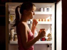 4 tipuri de alimente care iti pot afecta somnul