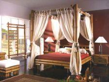 Pune-ti locuinta in valoare cu un pat cu baldachin!