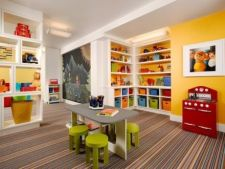 Unde sa depozitezi jucariile copilului: 5 idei simple pentru o mai buna organizare