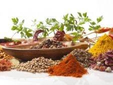 Moduri surprinzatoare de a folosi condimentele de zi cu zi