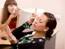 3 obiceiuri de infrumusetare care te pot costa jobul