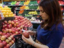 Dirty Dozen 2013: 7 fructe si legume contaminate cu pesticide