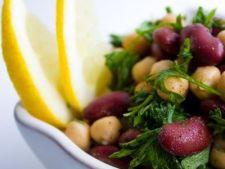 Salata de fasole cu naut si masline