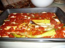 Mancare de praz cu sos de rosii si mozzarella