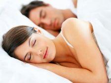 Cum este indicat sa dormi: 4 pozitii sanatoase de somn