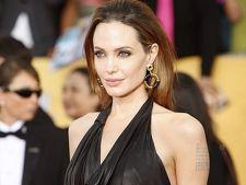 Motivul socant pentru care Angelina Jolie a facut masectomie dubla!