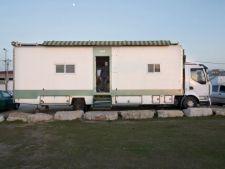 Transformarea camionului intr-o casa ultramoderna: un vis devenit realitate