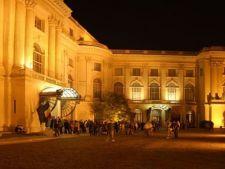 Premiere la Noaptea Muzeelor 2013: Noaptea africana, expozitia unei fosile de dinozaur urias si redu
