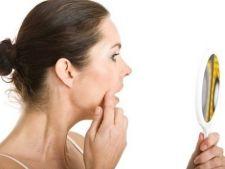 Ajutor de urgenta pentru frumusete: 4 solutii rapide pentru ingrijirea tenului