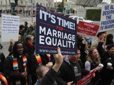 Incidente violente la Paris la manifestatia impotriva casatorilor intre persoane de acelasi sex