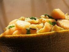 Vitel cu coniac si pepene galben