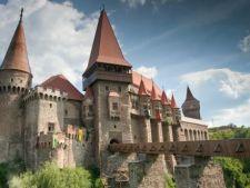 Americanii platesc bani grei pentru a cauta fantome in Castelul Corvinilor