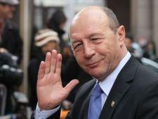 Traian Basescu a pregatit un concurs pentru fanii sai de pe Facebook